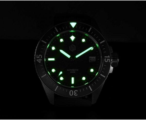 On Sale!!! SAN MARTIN diving watch daily watch 200 meters waterproof SN040-G1