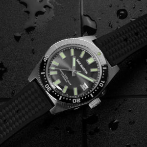 On Sale!!! San Martin Luminous Diving Watch Sapphire crystal SN007-G1 120 clicks & drilled lugs