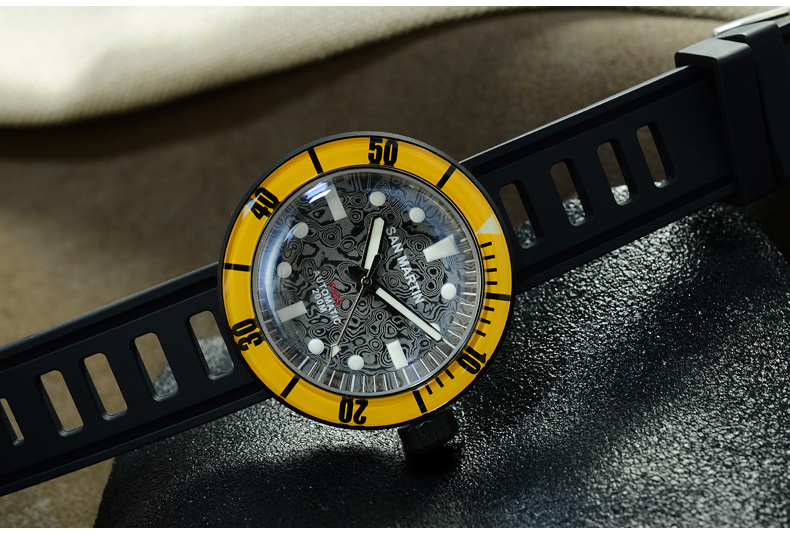 Package Included: 1.One new Mechanical wristwatch; 2.Original watch box; 3.User manual; 4.Warranty card. We Promise: 1.All our products are original and brand new; 2.We assure you that there is no risk in shopping. If the package is confirmed lost, we will resend your order or give you a full refund; 3.We offer wholesale, delivery, ODM / OEM services. Feedback: 1.If you are satisfied with our products and services, please don't forget to give us a 5 star rating. 2.If you have any questions, please contact us first and we will work with you to resolve them. For the operation methods of other special movements or structures, please contact SAN MARTIN Customer Service.