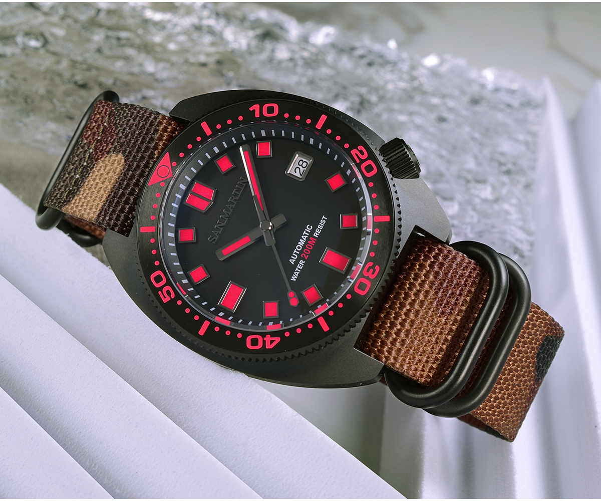 New Arrivals San Martin Diver's Watch Sapphire Crystal black dial SN0068G-DH