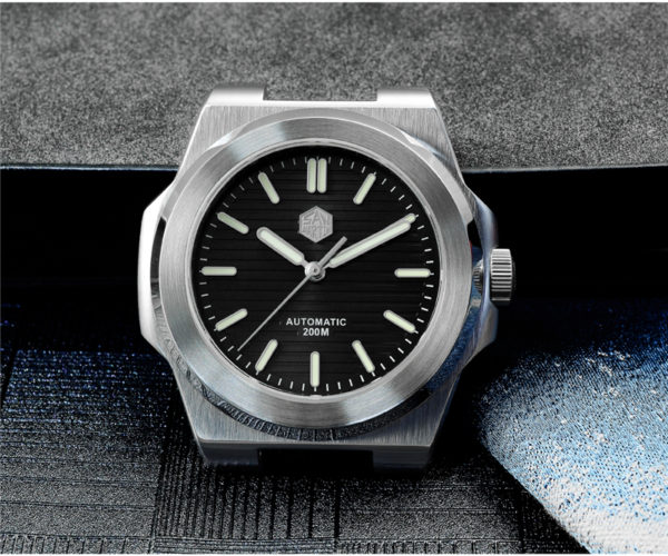 New Arrivals San Martin dive watch sapphire crystal water resist simple watch SN0076G