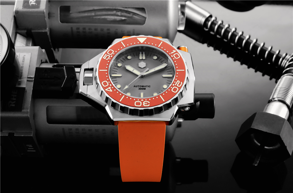 New Arrivals SAN MARTIN Dive Watch with large case mechanical movement SN0077-G