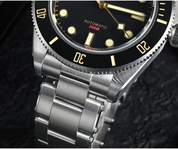 New Arrivals SAN MARTIN mechanical diving watch 200 meters waterproof SN008G – upgrated with new female endlink